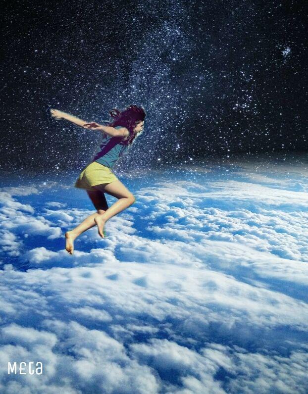 Bunlar hep sıkıntıdan...😯😯😱😱 I am bored 😦😦 #freetoedit  #girl #stars #sky #clouds