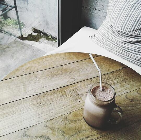 I love chocolate ice!   #love #photography #vintage #rhialitage #FreeToEdit
