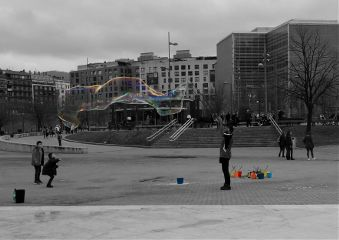 colors blackandwhite children bubbles bilbao
