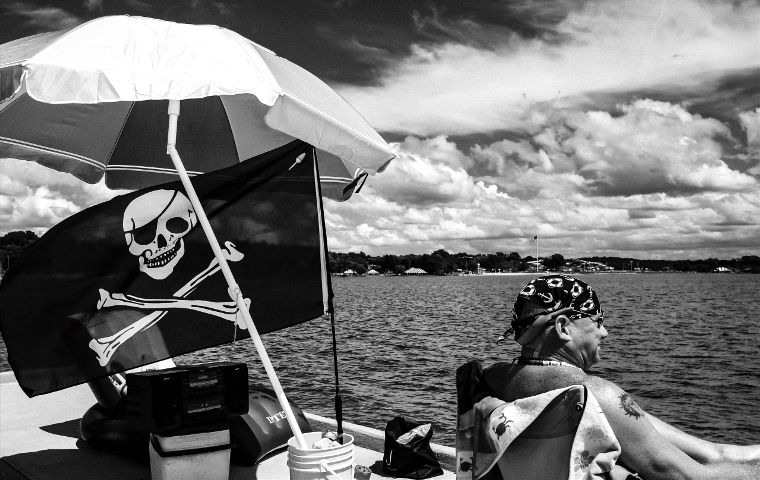 #blackandwhite,#summer,#people,#streetphotography,#pirate
